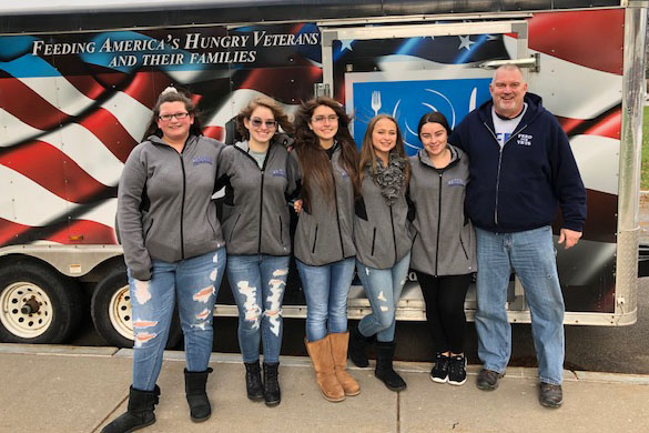 Whitesboro Cheerleaders Host Fall Craft/Vendor Extravaganza
