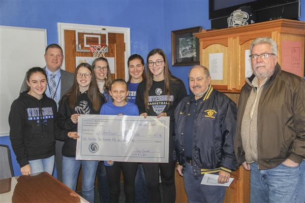 Middle School Campus Donates More Than $1,400 to Whitestown Vets Club