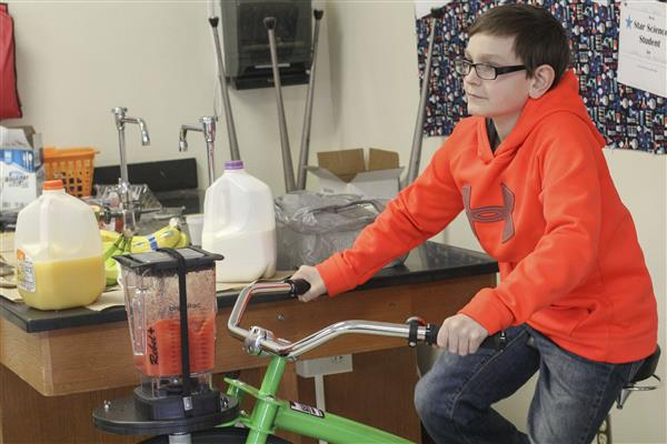 Middle School Campus Utilizes Smoothie Bike to Teach Students, Promote Wellness