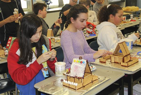 Parkway Students Continue Annual Tradition of Decorating Gingerbread Houses