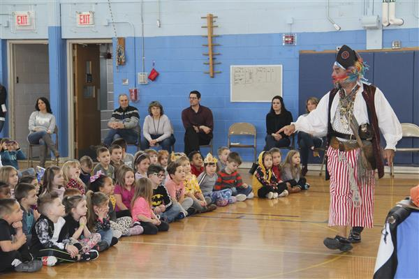 Deerfield Elementary Kicks Off PARP with Pirate Comedian