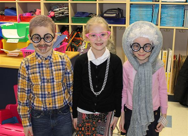Elementary Students Celebrate the 100th Day of School