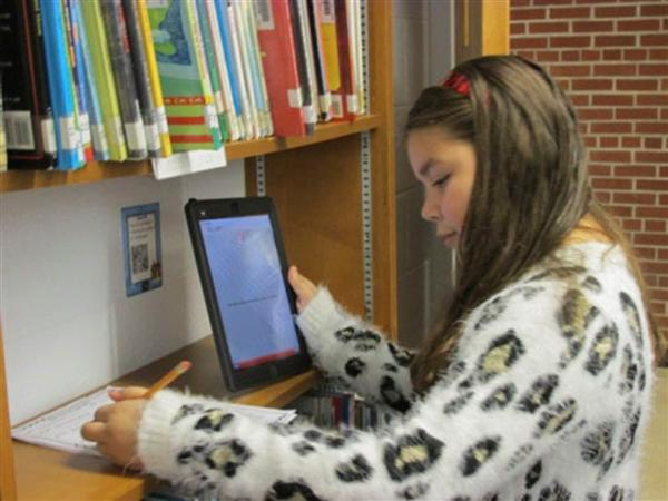 Technology Rocks at Deerfield Elementary School