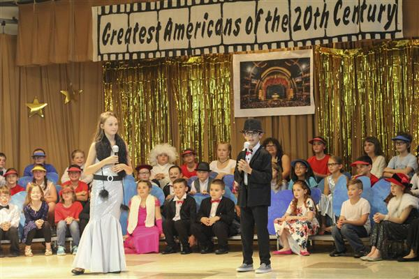 Hart's Hill 4th Graders Present 'Great Americans of the 20th Century'
