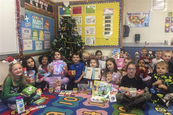 Marcy Second Graders Help Kids This Christmas