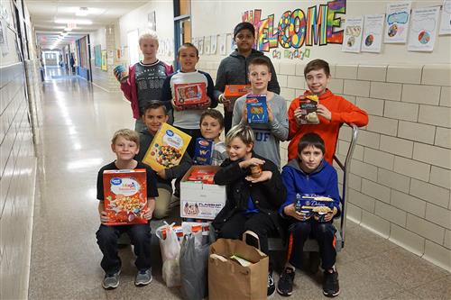 Marcy Elementary Holds Food Drive for Vets