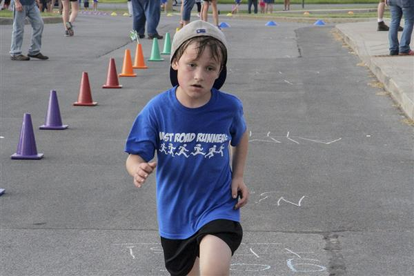 "Westmoreland Rd. Elementary Concludes Running Program with ""Fun Run"""