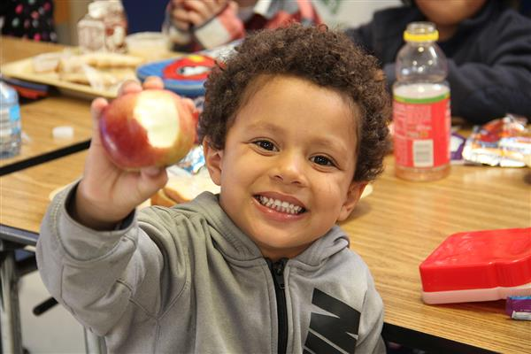 """Big Apple Crunch Day"" Encourages Healthy Eating"