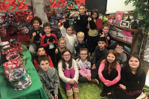 Marcy Third Graders Collect Donations for Utica Rescue Mission