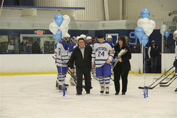 Varsity Hockey Team Victorious on Senior Night, Clinches